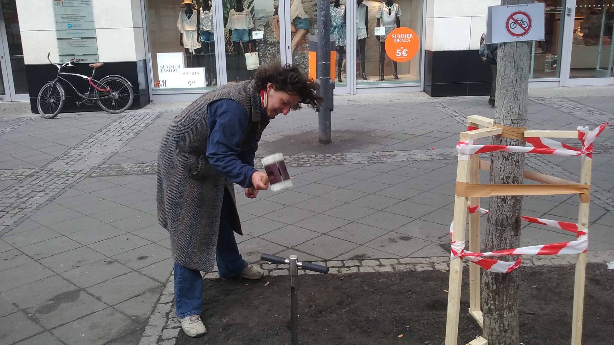 working on an experiment within the public space in the central area of Berlin